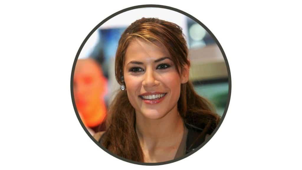 Karima Mcadams Height